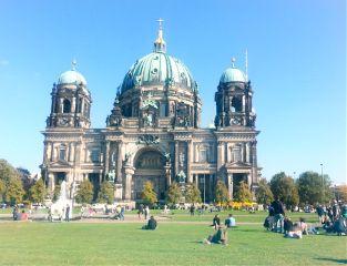 berlin dom travel