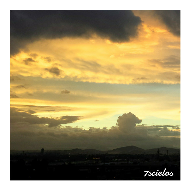 """Un Cachito de Cielo""  #sky #clouds #photography #emotions #atardeceres"