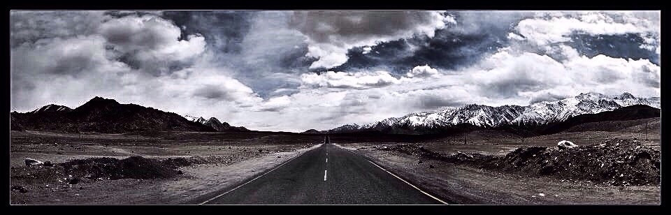 #landscape #perspective #road #travel #sky #distance #no one #ladakh #beautiful #sound of silence